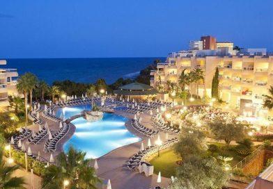 1 Woche Herbstferien auf Ibiza im gut bewerteten 4Sterne Hotel für nur CHF 415 inkl. Flug und HP