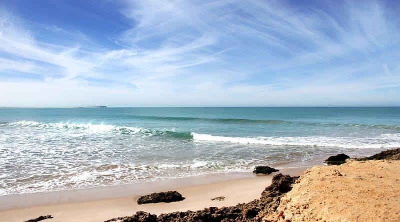 Agadir, relaxen an endlosen Saharastränden und Abenteuer im Atlasgebirge!