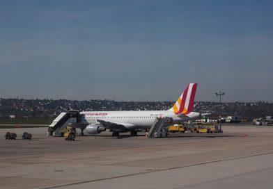 Parken an deutschen Flughäfen! Vergleich von Parkplatzanbieter!
